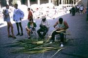 Korbflechter auf der Plaza de la Catedral
