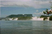 Wasserfälle in Canaima