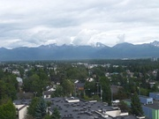 Anchorage, von Bergen umgeben