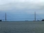 Brücke zur Insel Russki