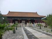 bei den Ming-Gräbern