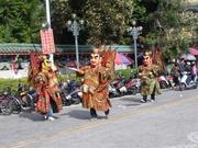 Demo vor dem Long-Shan-Tempel
