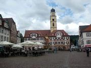 Zwillingshäuser und Münster St. Johannes