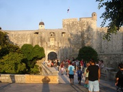 Mauer und Tor