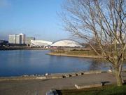 Blick auf Sportpalast und Eislaufhalle