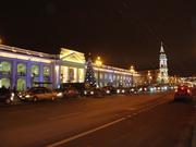 Gostinyi Dvor und Haus der Duma