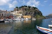 Hafen und Akropolis