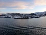 Einfahrt in den Hafen von Stokmarknes