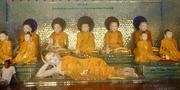 bei der Shwedagon Pagode